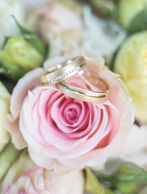 Rosas de regalo, rosas para enamorados, ramo rosas a domicilio, rosas de San Valentín, rosas de San Jordi, flores para una novia
